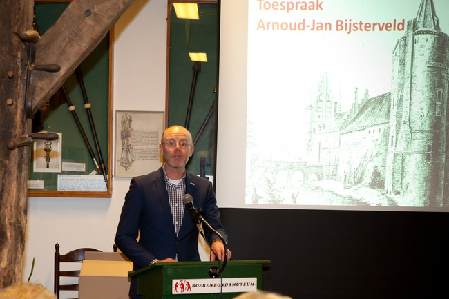 Boekpresentatie 28 april 2016 12.jpg - 64,33 kB