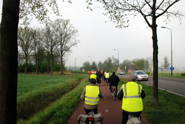 Fietsexcursie Aarle- Rixtel 12 april 2014 fotos Rob 2-1.JPG - 130,96 kB